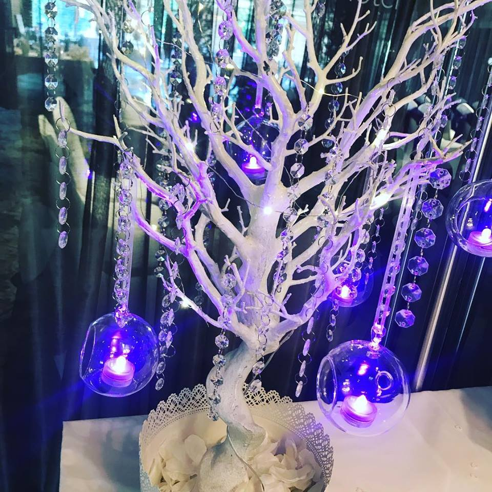 Close up Twig tree centrepieces by Lily Special Events1